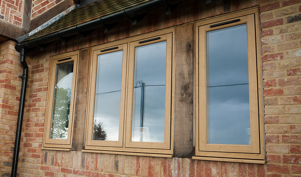 Light oak effect Residence 9 flush sash windows