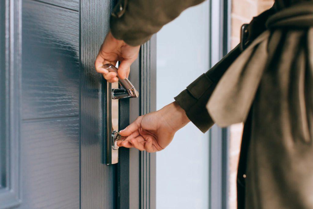 Kubu Smart door lock